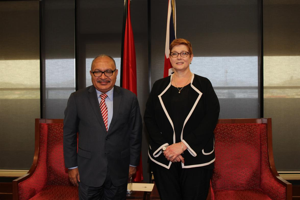 Foreign Minister Marise Payne with PNG Prime Minister Peter O'Neill